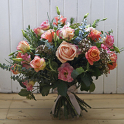 Shop from the best online florists in Edinburgh